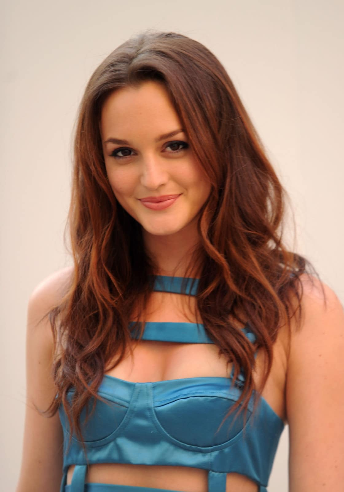 Leighton Meester Looking Gorgeous!