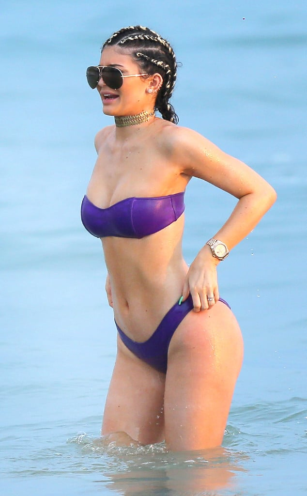 Kylie Jenner In Mexico For Her 18th Birthday
