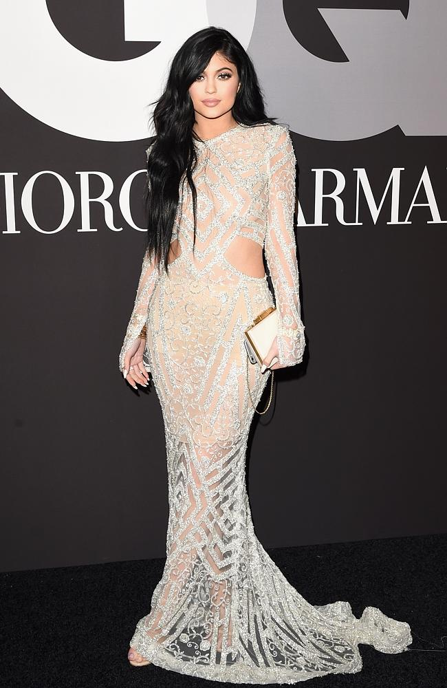 kylie-jenner-red-carpet-moments-2
