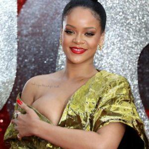 Rihanna boob